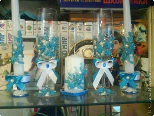 Вот попробовала голубую пластику и попробовала украшать свечи.Извините за качество,фотика нет,только телефон фото 1