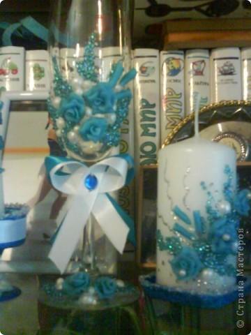 Вот попробовала голубую пластику и попробовала украшать свечи.Извините за качество,фотика нет,только телефон фото 2