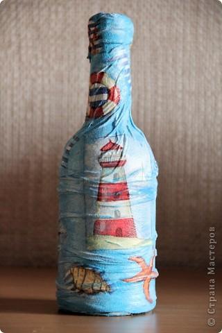 Бутылка стеклянная, клей пва, капроновые колготки, салфетка, акриловые краски. Вид спереди фото 1