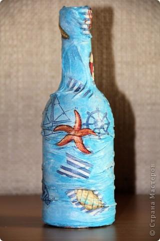Бутылка стеклянная, клей пва, капроновые колготки, салфетка, акриловые краски. Вид спереди фото 2