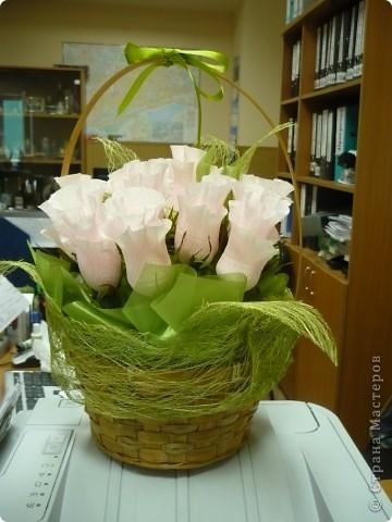 """""""Проба пера"""" ..уже давно  хотела сделать """"сладенькие"""" розы...не было подходящего материала. Оцените что получилось?! :) фото 1"""