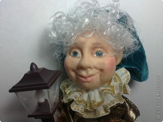Хочу представить вам Гнома, который поселился в моем доме. Кукла вылеплена из Фимо+Цернит. Высота 23 см. фото 2
