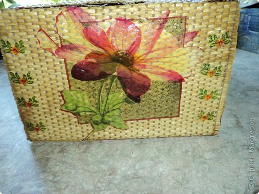 Сделала себе коробочку для салфеток фото 5