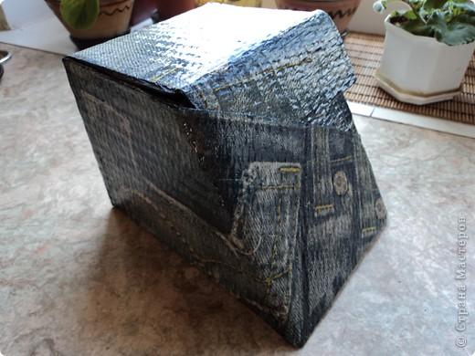 Склеила себе такой коробок, но ещё не придумала для чего он будет служить.. фото 1
