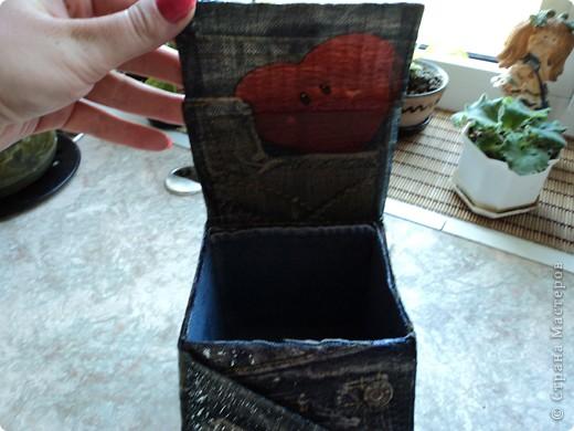 Склеила себе такой коробок, но ещё не придумала для чего он будет служить.. фото 2