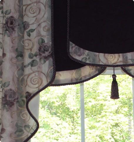 Нетрудно догадаться, что я люблю нестандартные шторы :).   Выкройку делала сама, т.к. не нашла ничего готового, что мне было по душе. фото 2