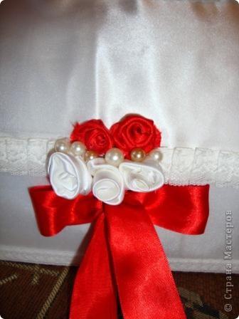 """Вот с этого """"чумадана"""" для денег  все и началось! Почти год назад, перед свадьбой мы задумались, как и все молодожены, что и как будет на нашей свадьбе и тогда я сказала, что все """"украшалки"""" сделаю сама)) фото 3"""