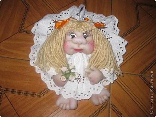 После небольшого перерыва,наконец-то я опять занялась своими  куклами,Жара под 45 и нехватка времени заставили меня на время отложить свою иголку.Стало по прохладнее( под 40) и я вновь стала пробовать шить.И вот что из этого получилось! фото 2