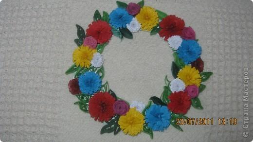 цветочки кручу часто  .. а потом  пытаюсь собрать  из них  чего нибудь ))))но это еще не конечный результат...примерка) фото 1