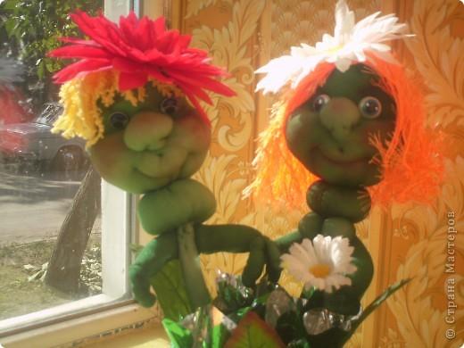 Здравствуйте, Мастерицы! сейчас лето, захотелось чего веселого и цветущего- вот и появились эти ромашки. фото 1