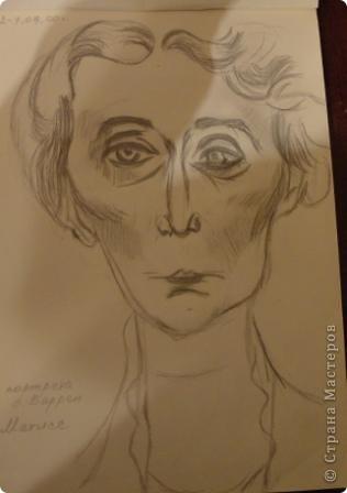 Уже не помню почему мне вдруг захотелось взять в руки простой карандаш что- нибудь нарисовать. В юности я собирала репродукции из Третьяковки и просто любимых художников. Одним из них был И. Глазунов. Это из его иллюстраций к А. Блоку. фото 3