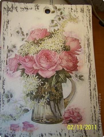 Доска  Розы в кувшине
