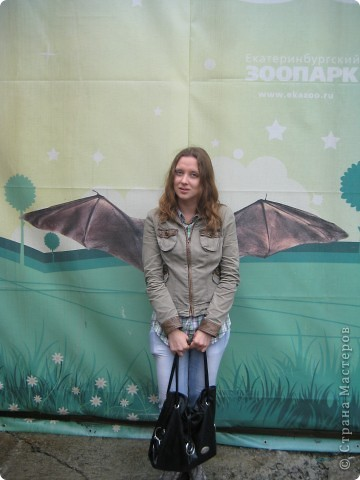 Мои дети съездили в Екатеринбург и побывали в зоопарке. Привезли фотографии, чтобы порадовать меня. Не все удачные, но кое-что я выбрала. Это белый медведь. фото 27