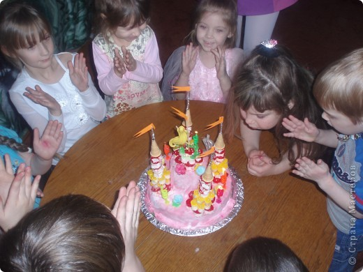 Такой  тортик  испекла  дочке  на   день  рождения фото 3