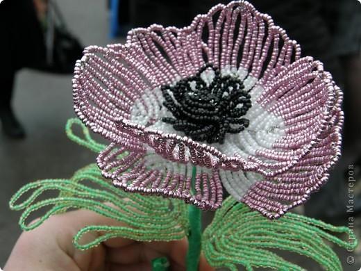 Квітка з бісеру фото 1
