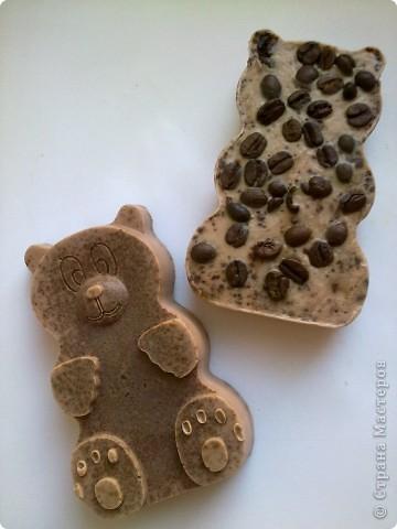 """Шоколадки) Одна полностью с какао, а две с прослойками из малинового и вишневого """"желе"""") фото 2"""