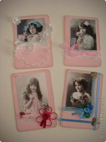 Еще 4 карточки, которые мне надоели и завалялись... Пришлось доделать. всем, кому хотелось винтаж-девочек. но недосталось... фото 1