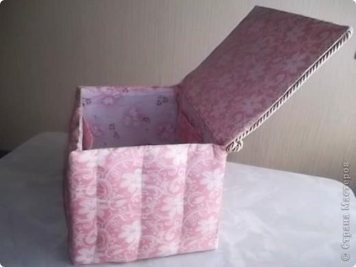 Недавно у мамочки был День Рождения, для подарка решила сделать вот такую  нарядную коробочку. фото 9