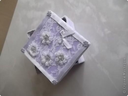 Недавно у мамочки был День Рождения, для подарка решила сделать вот такую  нарядную коробочку. фото 3