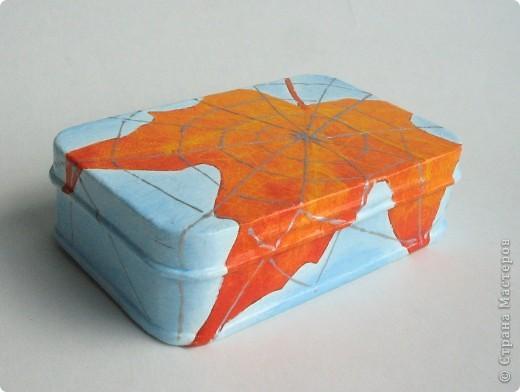 Металлическая коробочка-шкатулка из Икеи. Салфетка, подрисовка акрилом, серебряный контур фото 2