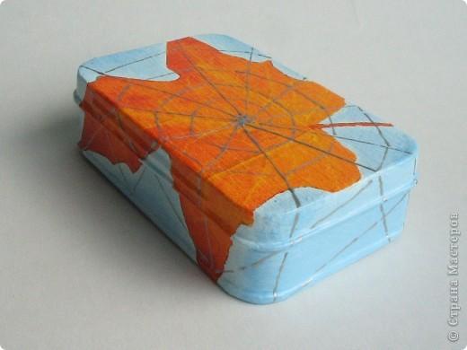 Металлическая коробочка-шкатулка из Икеи. Салфетка, подрисовка акрилом, серебряный контур фото 3