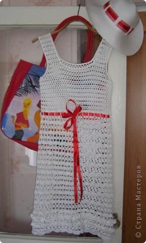 Пряжа Rose (Vita Cotton) Состав:100% хлопок двойной мерсеризации. 150м/50г На платье ушло примерно 350г. Крючки № 3 (верх платья), 2,5 (юбка), 1,75 (обвязка пройм, горловины и оборочки) фото 5