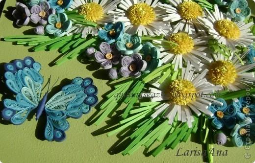 И снова летняя прохлада!!! Ромашки, незабудки и бабочка голубая.... Размер 18х24см фото 5