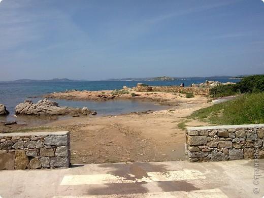 остров Сардения находиться в Италии возле Корсики фото 17