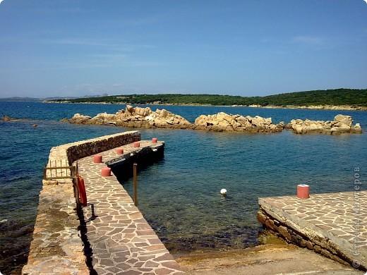 остров Сардения находиться в Италии возле Корсики фото 18