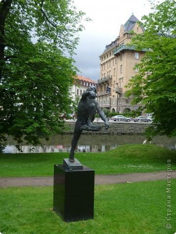 Статуи, миниатюры, памятники, фонтаны Швеция. Гетеборг фото 3