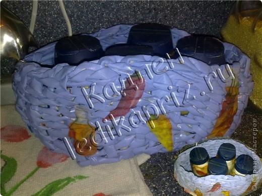 Шкатулка в форме сердечка со съемной крышкой. Основание крышки и дно шкатулки из картона. Декупировала салфеткой, использовала сразу 2 слоя, чтобы рисунок не потерялся на фоне крышки. Тесьмой закрыла шов между картоном и трубочками крышки. фото 6