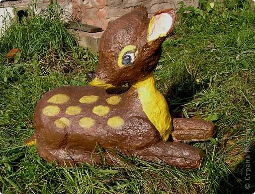 Вот такой храбрый зайчик для сада получился, дождя, во всяком случае, не боится. фото 5