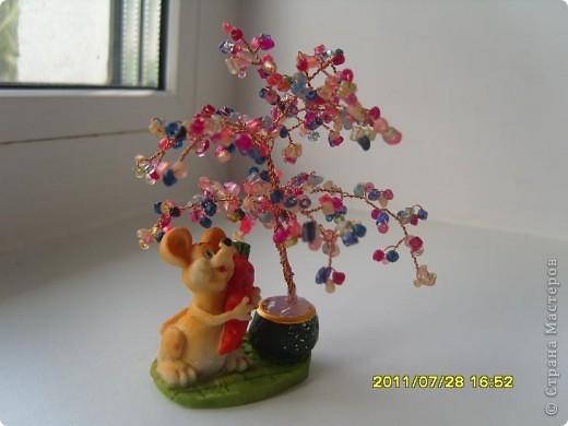 Поделка изделие Бисероплетение Мини-деревца Бисер Бусинки Проволока фото 1.