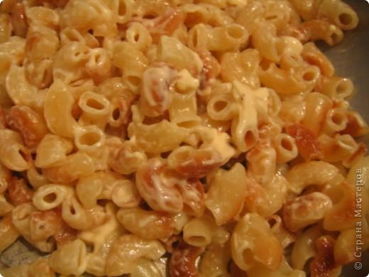 Всем известны макароны по-флотски, а я вам предлагаю приготовить макароны по-дачному. У кого есть дача, знают, что такое перемыть посуду после обеда холодной водой. Поэтому появился этот способ. фото 1