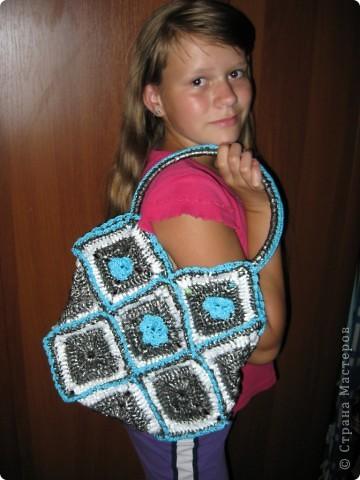 Моя красота позирует со своей новой сумкой))) фото 1
