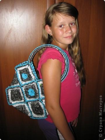 Моя красота позирует со своей новой сумкой))) фото 2