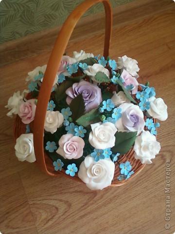 Розы с незабудками фото 1