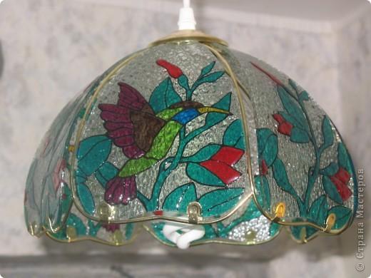 Стеклянные лепестки люстры на кухне показались мне слишком простыми... Решила украсить ))