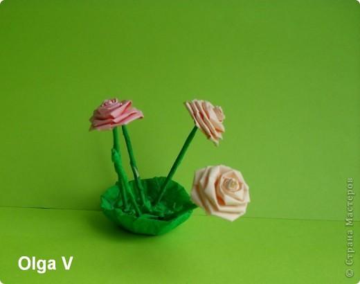 Такой сувенир в стеклянной вазочке можно сделать в подарок ко дню рождения или к празднику.  фото 3