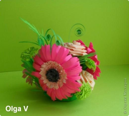 Такой сувенир в стеклянной вазочке можно сделать в подарок ко дню рождения или к празднику.  фото 5