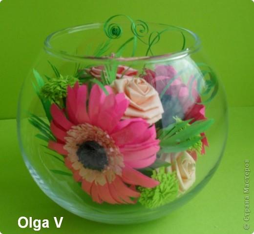 Такой сувенир в стеклянной вазочке можно сделать в подарок ко дню рождения или к празднику.  фото 1