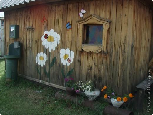 Ванька-огородничий встречает нас на даче. Ванька  от того, что дача в с. Иван-Озеро. Идея  - с сайта, правда в оригинале он без ног и стоит на траве.   фото 9