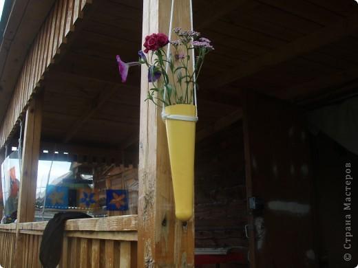 Ванька-огородничий встречает нас на даче. Ванька  от того, что дача в с. Иван-Озеро. Идея  - с сайта, правда в оригинале он без ног и стоит на траве.   фото 18