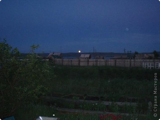 Ванька-огородничий встречает нас на даче. Ванька  от того, что дача в с. Иван-Озеро. Идея  - с сайта, правда в оригинале он без ног и стоит на траве.   фото 23