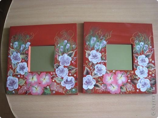 Два зеркала, хотела чтоб получились одинаковые, оказалось очень сложно нарисовать два раза одно и тоже