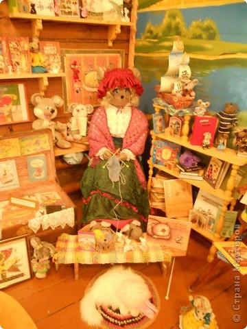 В городе находится единственный в мире, основанный в 1990 году, музей Мыши. Здесь все рассказывает о мышах, это музей подарков из разных стран мира и на любой вкус и фантазию. фото 17