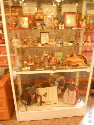 В городе находится единственный в мире, основанный в 1990 году, музей Мыши. Здесь все рассказывает о мышах, это музей подарков из разных стран мира и на любой вкус и фантазию. фото 6
