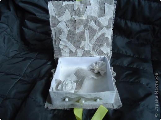 Вот решила попробовать коробочки сделать. Конечно кривоваты, т.к. клеила ткань на бумагу. Но теперь учту свои ошибки фото 4