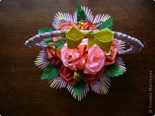 А для милой бабушки розочки да в вазочке (корзиночке) фото 3