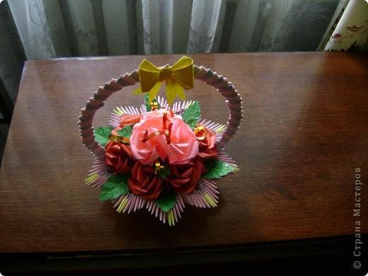 А для милой бабушки розочки да в вазочке (корзиночке) фото 1